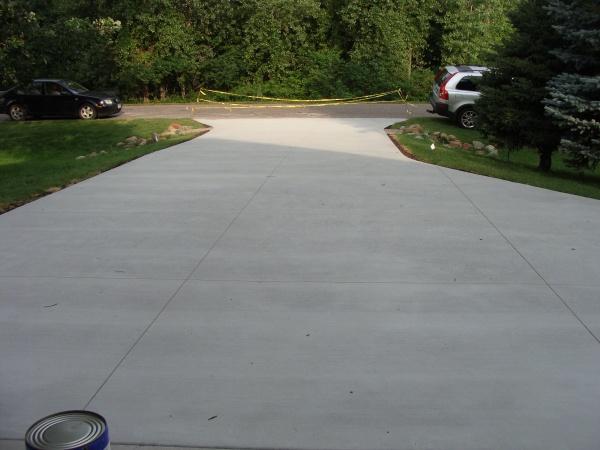 Sealing a Concrete Driveway